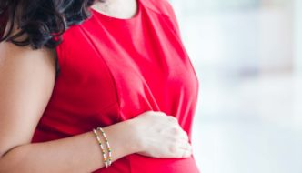 Top 10 tips on maternity fashion from a Stylist